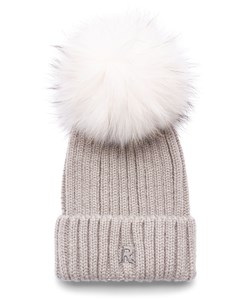 UDSOLGT. ROCKANDBLUE Pom Pom Hue. Model: Beanie. Light Beige / Beached Raccoon. Must-have: 299,- V.I.P. Pris : 239,-